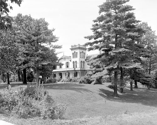 The house of Hugo Cook on 815 Harman Avenue, Town of Oakwood, City of Dayton, Ohio