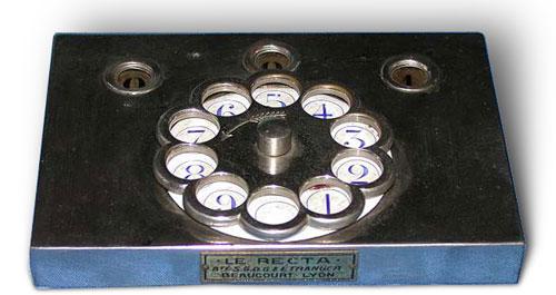 Le Recta calculating machine
