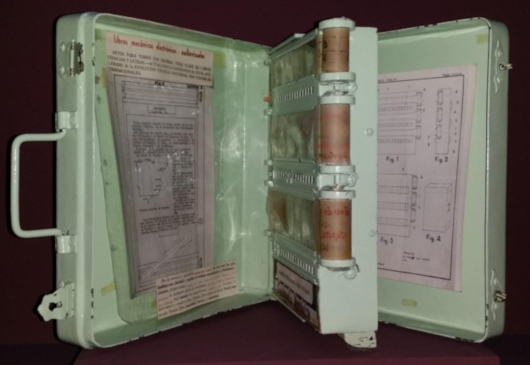 The Mechanical Encyclopaedia of Angela Robles