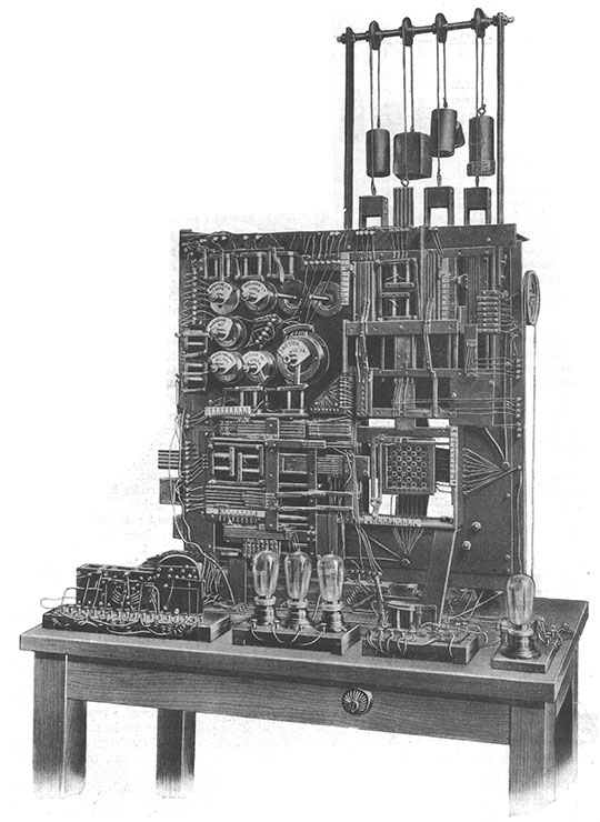 The first chess-automaton of Torres front view
