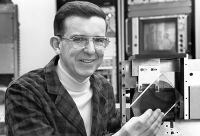 a biography of james t russell the inventor of the compact disc A compact disc is a thin the technology behind cds was invented in the late 1960s by james t russell a short biography from the lemelson-mit inventor program.