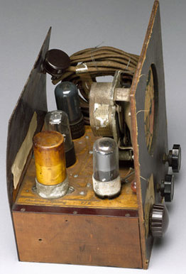 This was the first machine using the printed circuit board