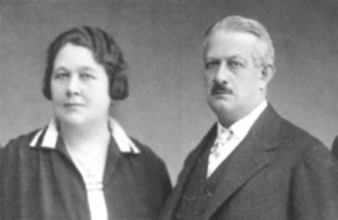 Samuel Jakob Herzstark (1867-1937) and his wife Marie Amalie Herzstark (1875-1959)